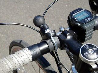 gps 自転車 取り付け
